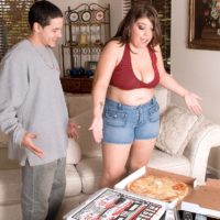Plus size female Lola Lush letting her huge funbags loose while slurping pizza and delivering oral jobs