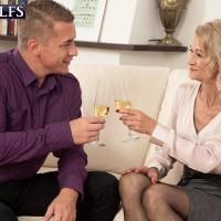Seductive senior broad Beata gives a ball sucking BJ after seducing a younger guy