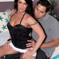 Over Fifty black-haired Azure Dee seducing junior dude in mini miniskirt and stilettos