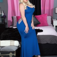 Chubber sandy-haired Holly Knob frees her large hooters and butt from dress while seducing a boy