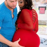 BBBW Layla Monroe has her massive backside unsheathed by her man friend