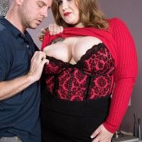 BIG HOT WOMAN adult movie starlet Huge-chested Emma gets around to giving a fellatio after being unclothed