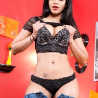 Jaw-dropping brunette Latina Mary Jean revealing juicy butt from ebony underwear and jeans