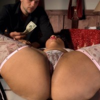 Ebony stripper Candi Luvv vaunting huge butt while sucking dick in high heeled shoes