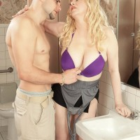 Ash-blonde MILF Venice Knight having lovely hooters freed from boulder-holder in mini-skirt and high heels