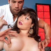 Brunette BBW Kelly Shibari makes a dude blessed with her gigantic knockers and erect nips