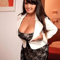 Brown-haired MILF XXX pornstar Arianna Sinn revealing enormous boobs before providing blowjobs