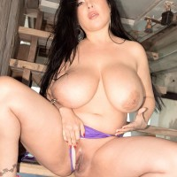 Bosomy Latina MILF X-rated film star Daylene Rio vaunting monster-sized bootie and smoothly-shaven muff