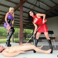 Sadomasochistic ladies Kimmy and Alexia torture collared male submissive with electroshock tool