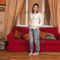 Denim jeans garmented amateur Taffy ditching panties for opening up of hairy beaver