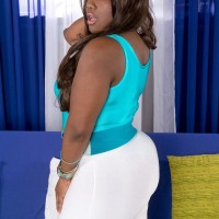 Ebony BIG HOT WOMAN Stacy Enjoy has her giant butt kneaded in a jumper and high-heeled shoes