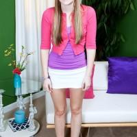 18 yr senior amateur girl Cassidy Ryan unleashing very smallish juggs from boulder-holder