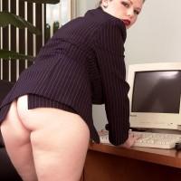 Euro MILF pornographic starlet Desirae displaying humungous upskirt butt in work place adorned pumps