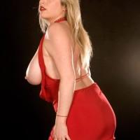 Lengthy legged light-haired stunner Maggie Lime-green whipping out immense natural boobies from sundress