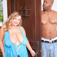 Aged golden-haired BIG SEXY WOMAN Sienna Hills unleashes monster-sized tits before jacking a BIG EBONY COCK