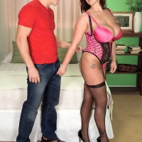 MILF adult film star Eva Notty lets knockers loose to boob throttle her paramour