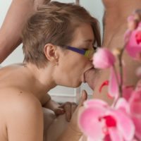Nerdy European female Yulenka Moore taking hard-on in unshaven fuckbox after providing blowjob