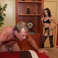 Skinny girlfriend Haily Young forces her sissy to his knees before attaching a innocence implement