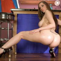 Milky MILF Kelly Divine dirty dances her elastic derriere prior to dildoing her insatiable cunt