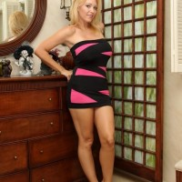 Sexy ash-blonde girlfriend Charlee Chase forces her crossdressing sissy hubby to his knees