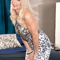 Experienced fair-haired gal Chery Leigh has her swell nips and coochie fellated on after seducing a young stud