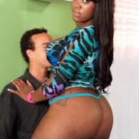 Plumper black girl Aaliyah Envy dirty dances her humungous rump while seducing a her stud mate