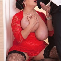 Dark-haired BIG SEXY WOMAN Nila Mason extracting huge boobies before giving BLOW-JOB in hosiery