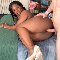 Ebony MILF Morgan Cummings touting monster-sized ebony azz while boinking white stud