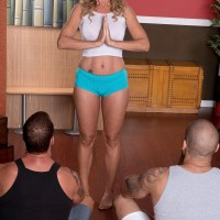Experienced blonde yoga schoolteacher Jenna Covelli sucking off student's immense boners in class