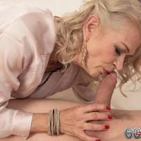 Sexy elder broad Beata gives a ball munching blow-job after seducing a younger dude