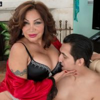 Elderly broad Sandra Martines tempts a younger dude in bra and panties combination