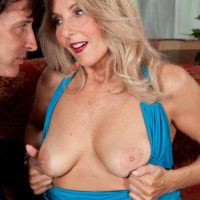 Elderly ash-blonde gal Chery Leigh unveils her boobs in tan tights for her spouse