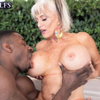 Sex granny Sally D'Angelo and her humungous titties take on a BBC outdoors in a Jacuzzi