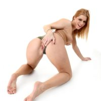 Inviting red-hairedchcik Chrissy Fox slips her panties aside to finger and dildo her rosy cootchie