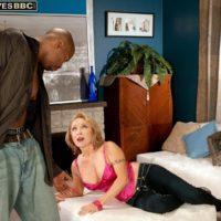 Mind-blowing elder dame Luna Azul seduces a junior black guy in satin lingerie and denim jeans