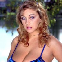Solo model Autumn Jade sets her excellent boobs loose while at the lake