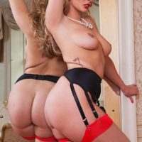 Top X-rated film star Paige Turnah screws 2 dudes at the same time in stockings and garters