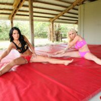 Athletic babes Stevie and Shae face sit a guy while stretching out in exercise apparel