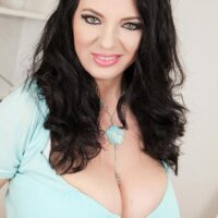 Joana Bliss is the model of the day for September 20, 2021